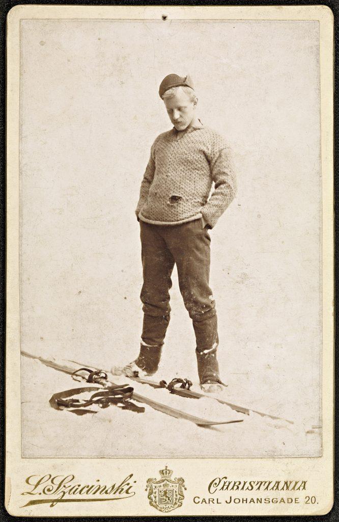 Fridtjof Nansen på ski ikledd strikkegenser, fridtjof nansen genser, nansen genser, islendergenser, strikking, strikking historie